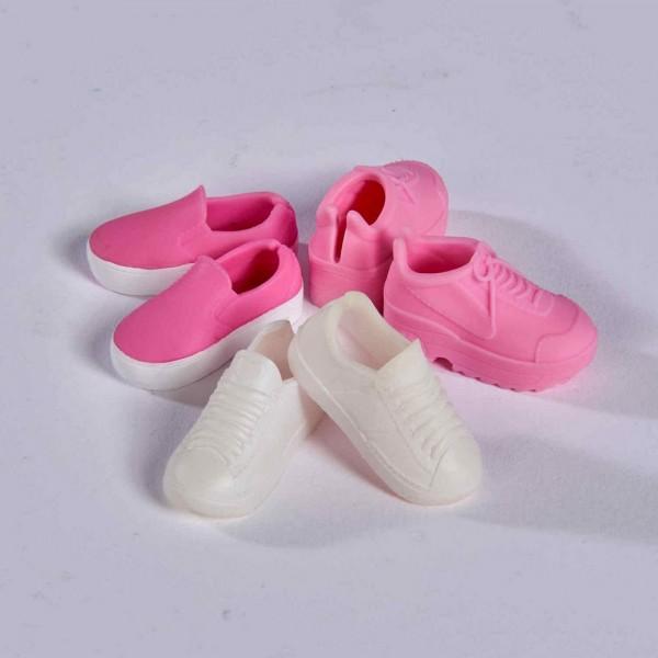 Papusa Steffi cu Pantofi Sport Sneaker Love