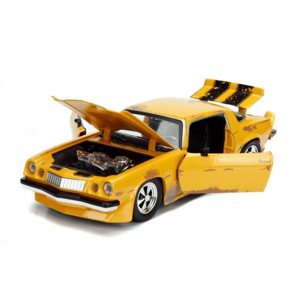 Masinuta Metalica Transformers1977 Chevy Camaro Scara 1 la 24